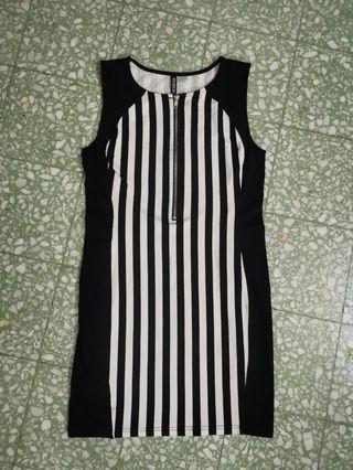 H&M black n white dress