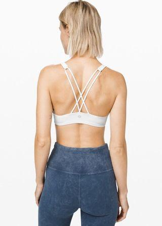 AUTHENTIC & NEW Lululemon Free To Be Bra White Size4,6