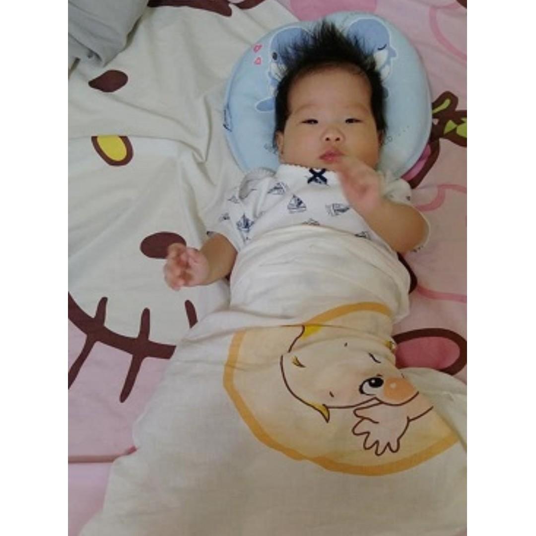 嬰兒可愛透氣定型枕頭
