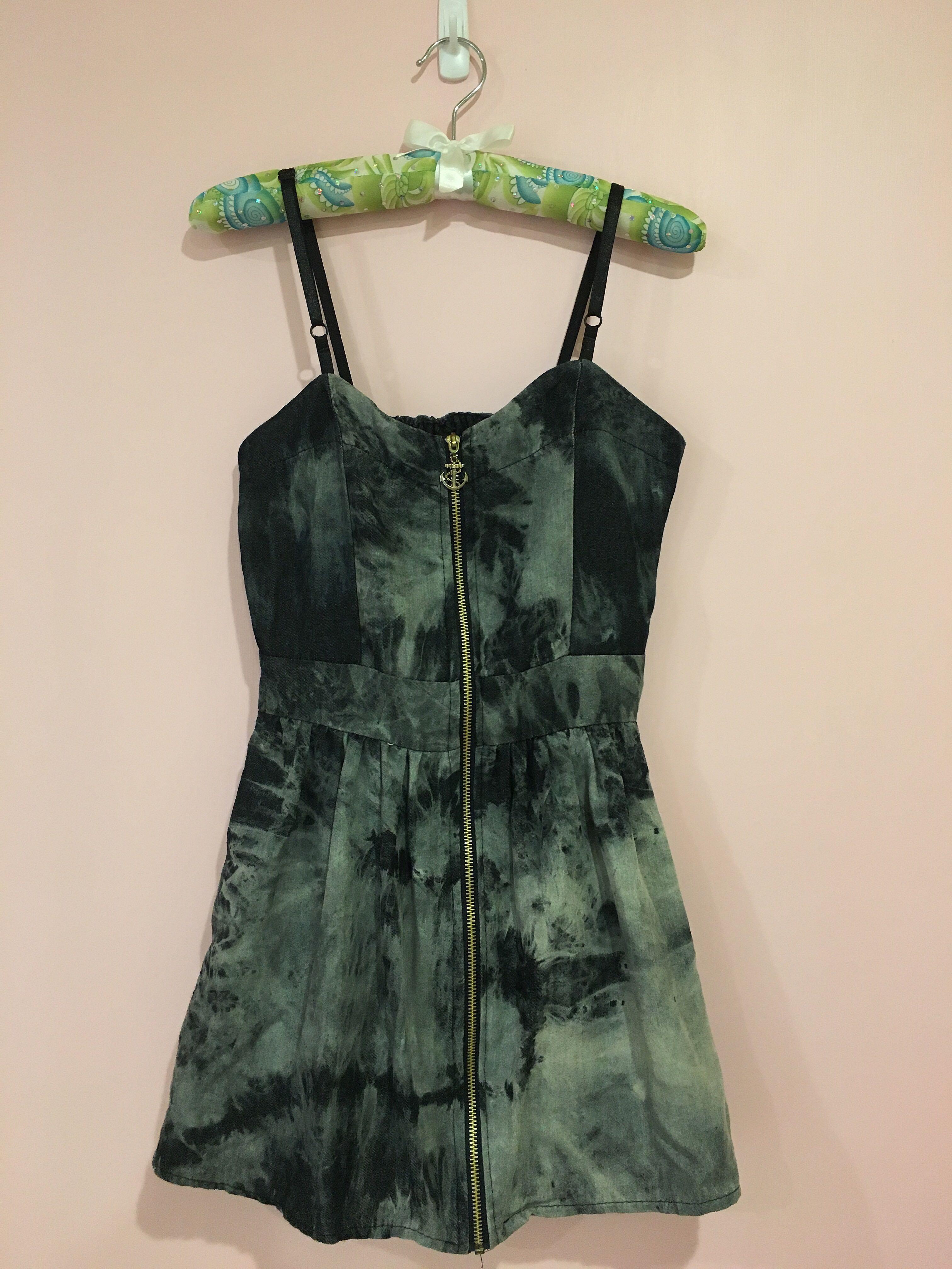渲染拉鍊性感洋裝