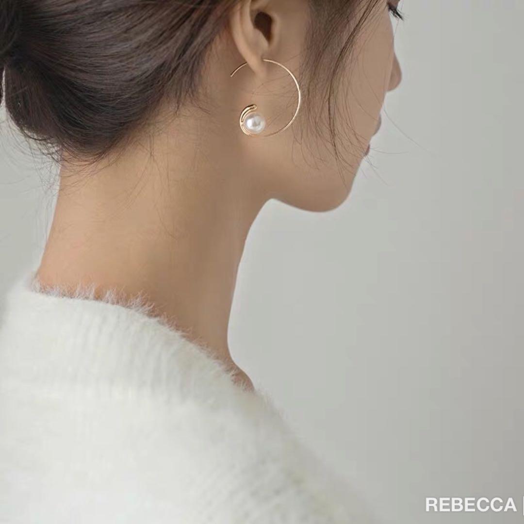 💓 精緻月亮設計款復古珍珠耳環