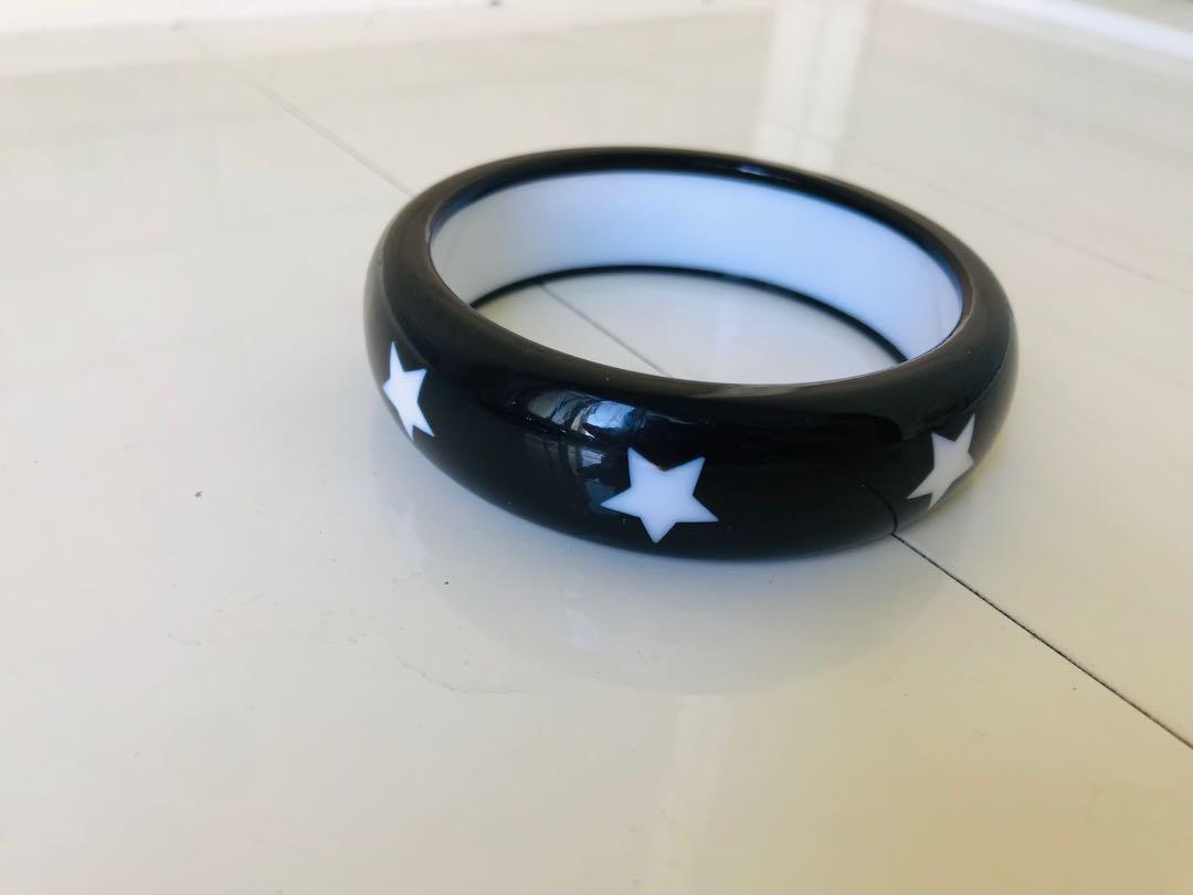 寬版 假卯丁 多組個性手環