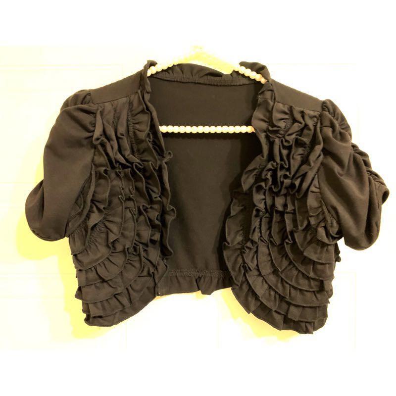 黑色多層次荷葉滾邊短袖小外套(M~L🉑️)