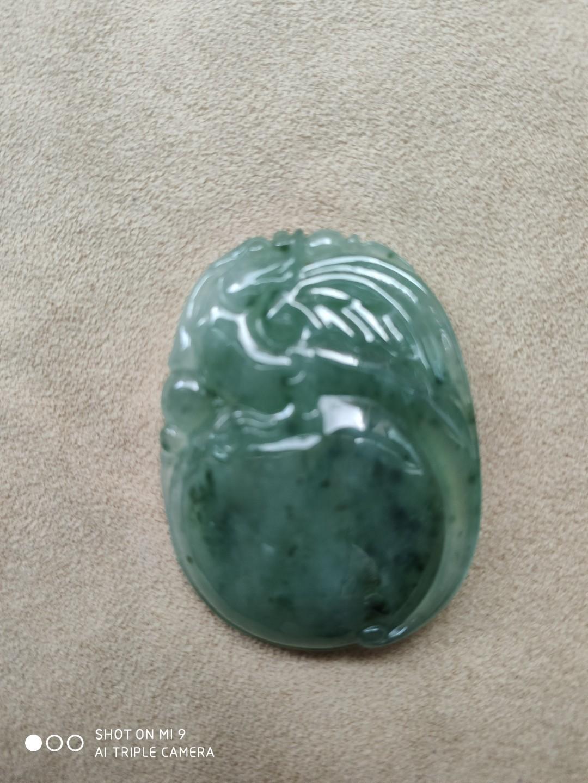 緬甸a貨.飄花綠色冰種翡翠.貔貅手工雕刻掛件