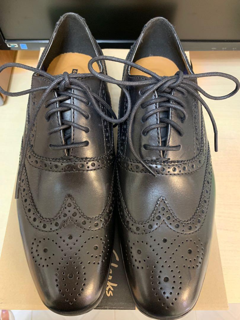 Clark's 真皮鞋英倫風