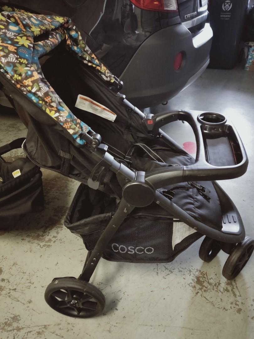 Cosco capsule + stroller