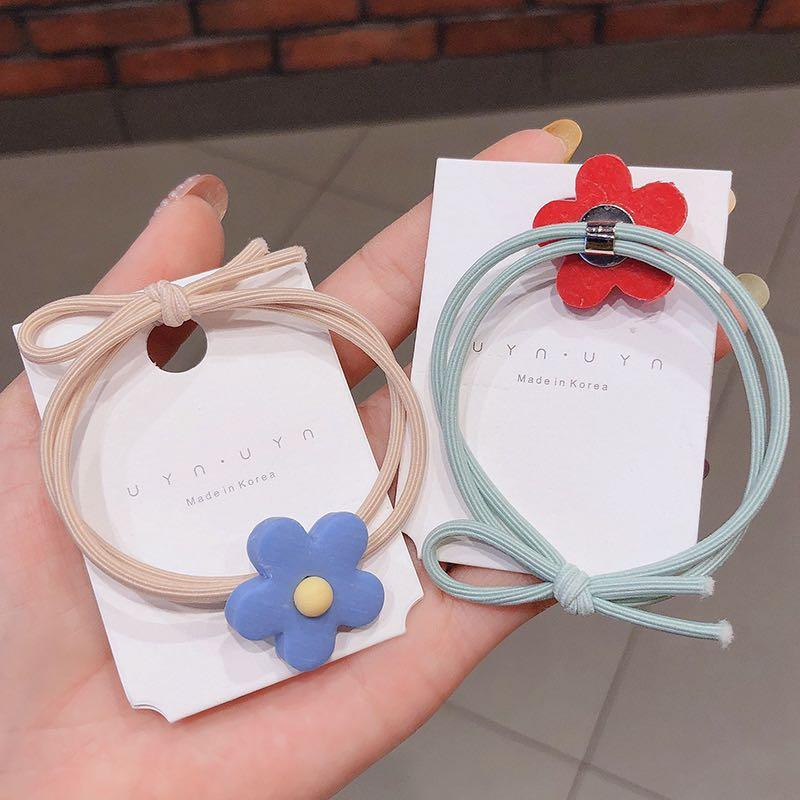 Flower Hairtie in Red and Yellow