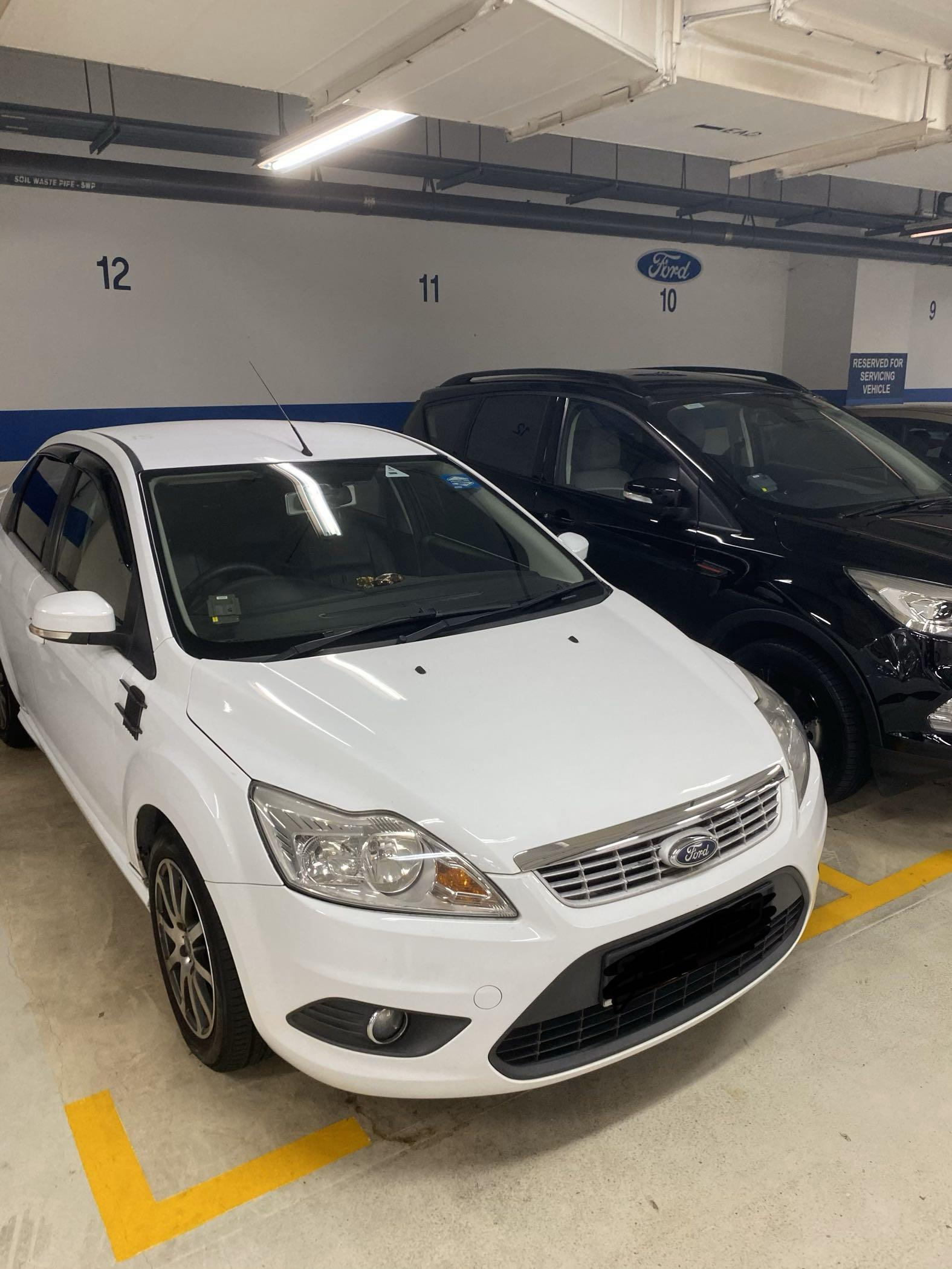Ford Focus 1.6 4-Dr (A)
