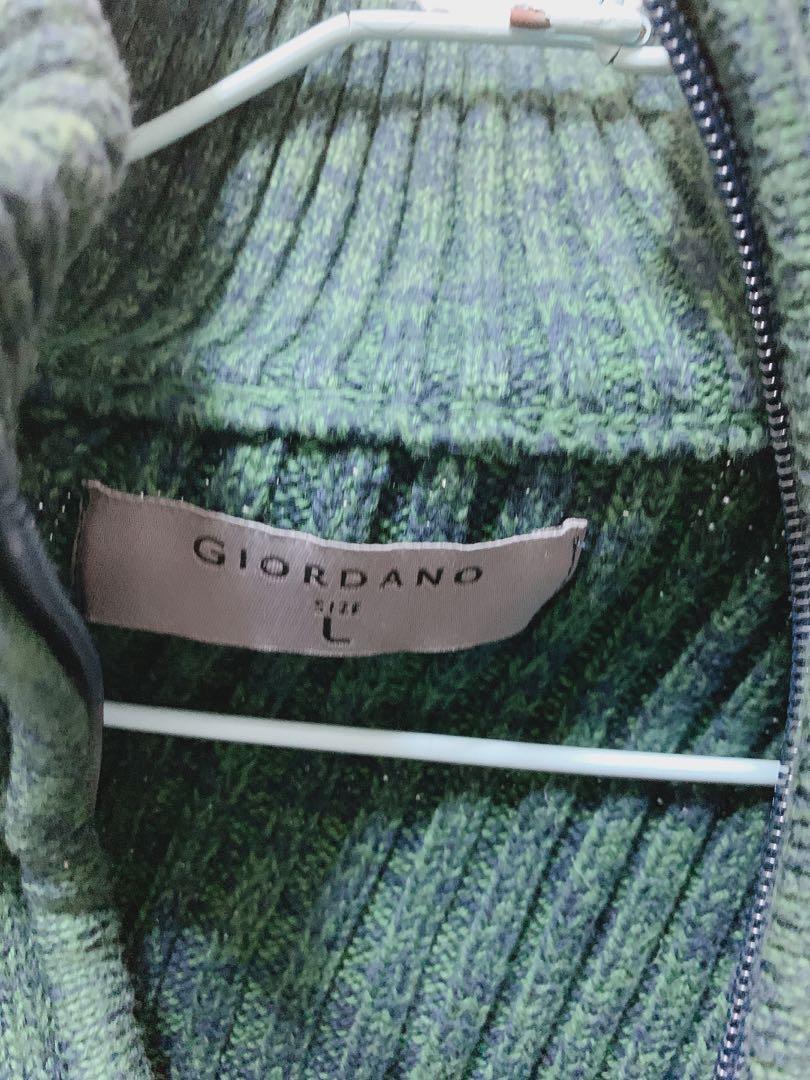 Giordano 佐丹奴 綠色坑條保暖外套 L號