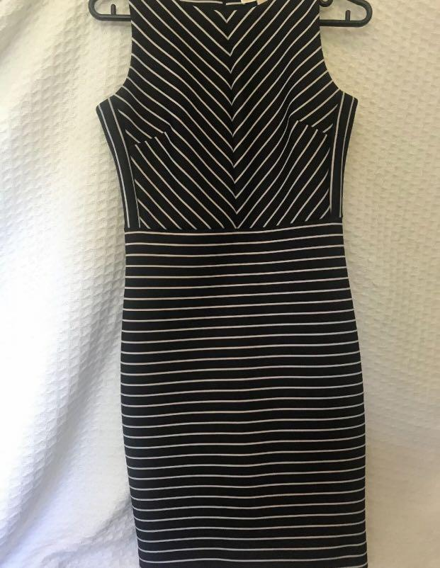 Michael Kors Dress Size 2P (10) Black And White Stripes Brand New Without Tags