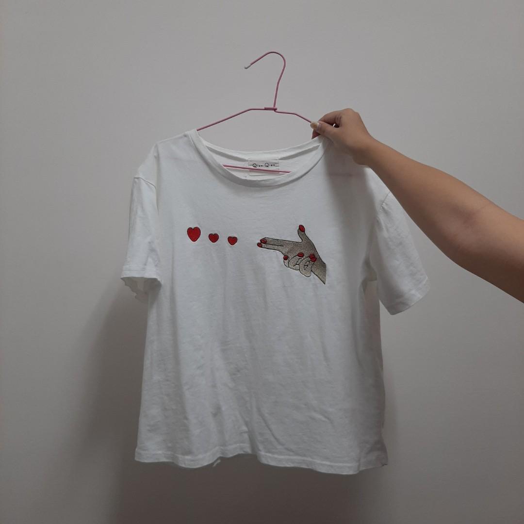 手指愛心T恤 太少穿了割愛!