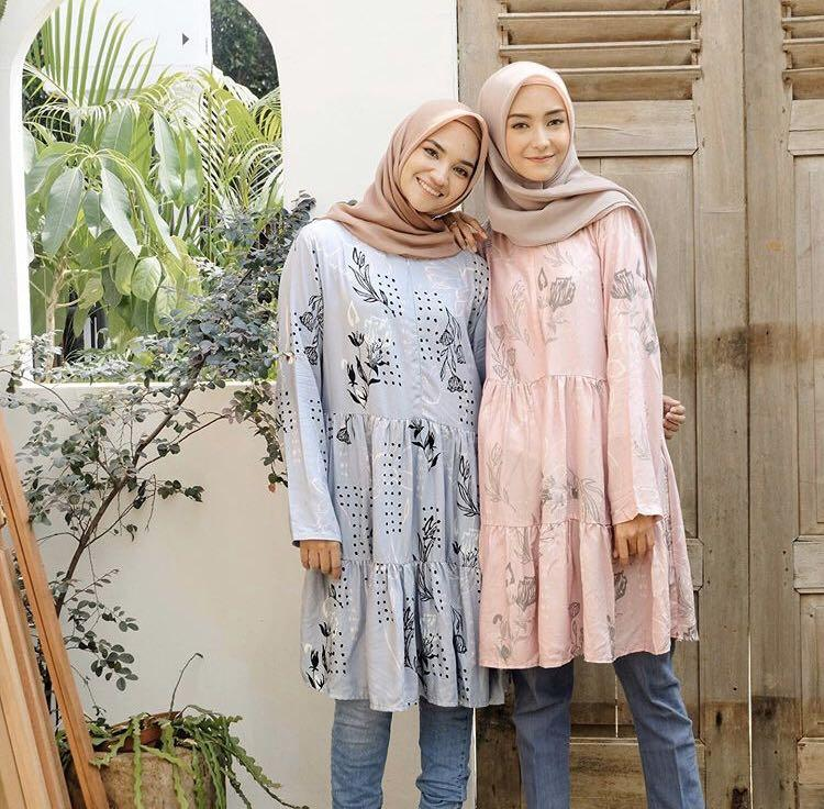 Vanilla Tunik by Vanilla Hijab - Blue Color - size L/XL