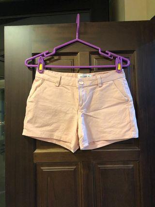 窄版粉紅氣質短褲
