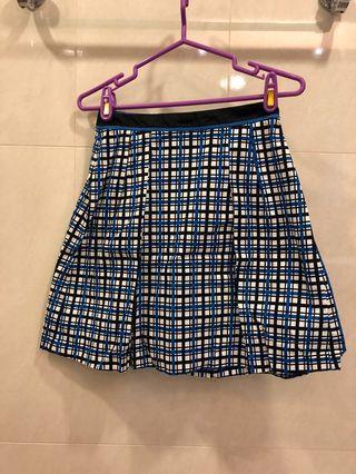 藍白黑格紋短裙