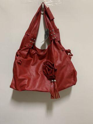 全新grand huang's 紅皮包 $99