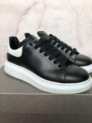 alexander mcqueen厚底鞋小黑鞋小白鞋