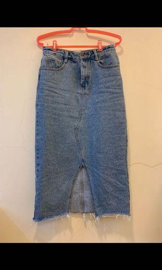 歐美街拍 顯瘦時尚不修邊開叉造型牛仔窄裙 淺藍牛仔裙 M36
