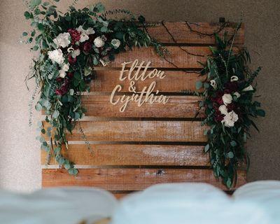 Rustic Wooden Pallet Backdrop For Rent