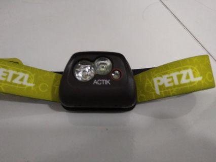 Petzl Actik Headlamp 300 lumen