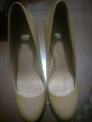 Marciano shoes