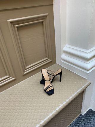 Boohoo 🖤 Square Toe Heels