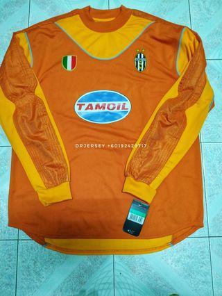 Juventus goalkeeper jersey 2002/03 XL