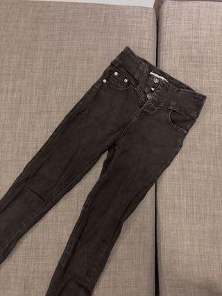 排扣黑色緊身長褲