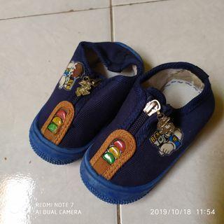 #maugendongan Sandal D