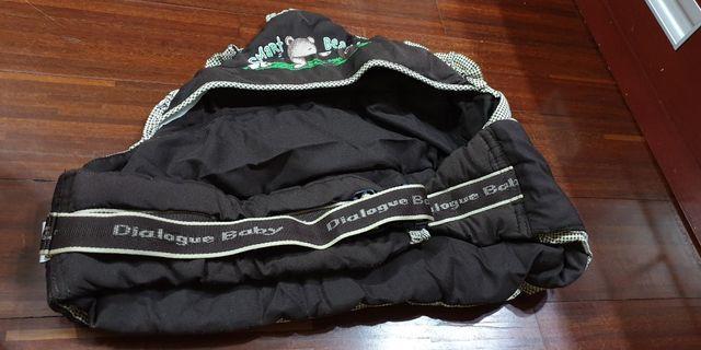 Gendongan baby sling