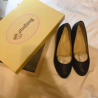 Bonjour 台灣品牌原價1380 羊紋皮革氣墊超軟底高跟鞋