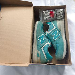 二手/原廠公司貨 湖水綠New Balance 球鞋 慢跑鞋