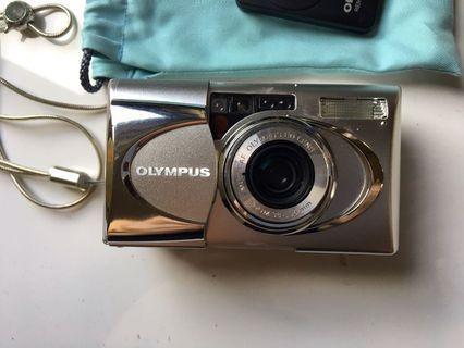 [有實拍]OLYMPUS µ METAL 變焦喵 防水金屬喵 底片相機