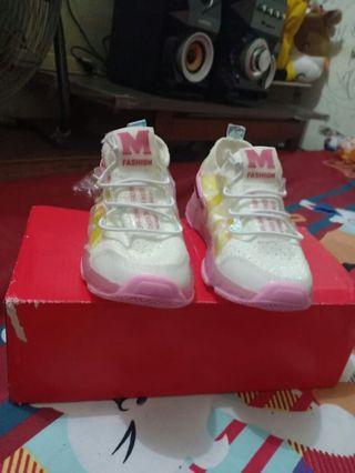 sepatu anak Lampu LED 3-5 tahun