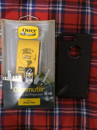 Otterbox commuter case for Iphone 7/8 plus