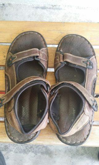 Hush pupies sandal