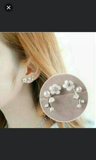 Anting tusuk silver flower n pearls