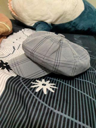 灰色格子帽