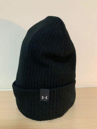 Under Armour 黑色毛帽