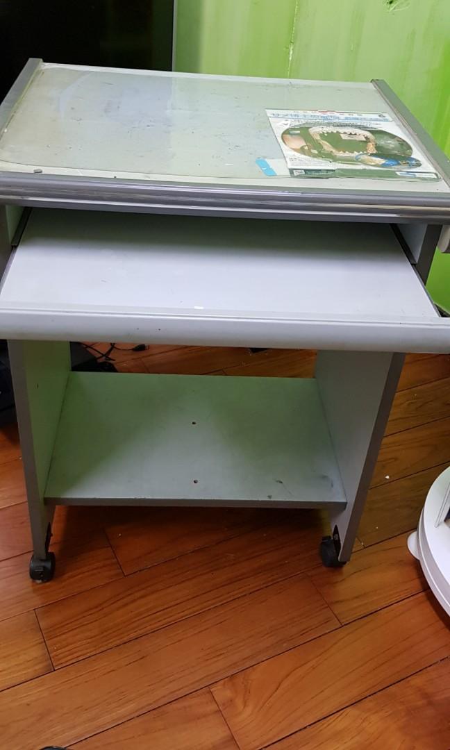 二手電腦桌 有滑輪 也可固定