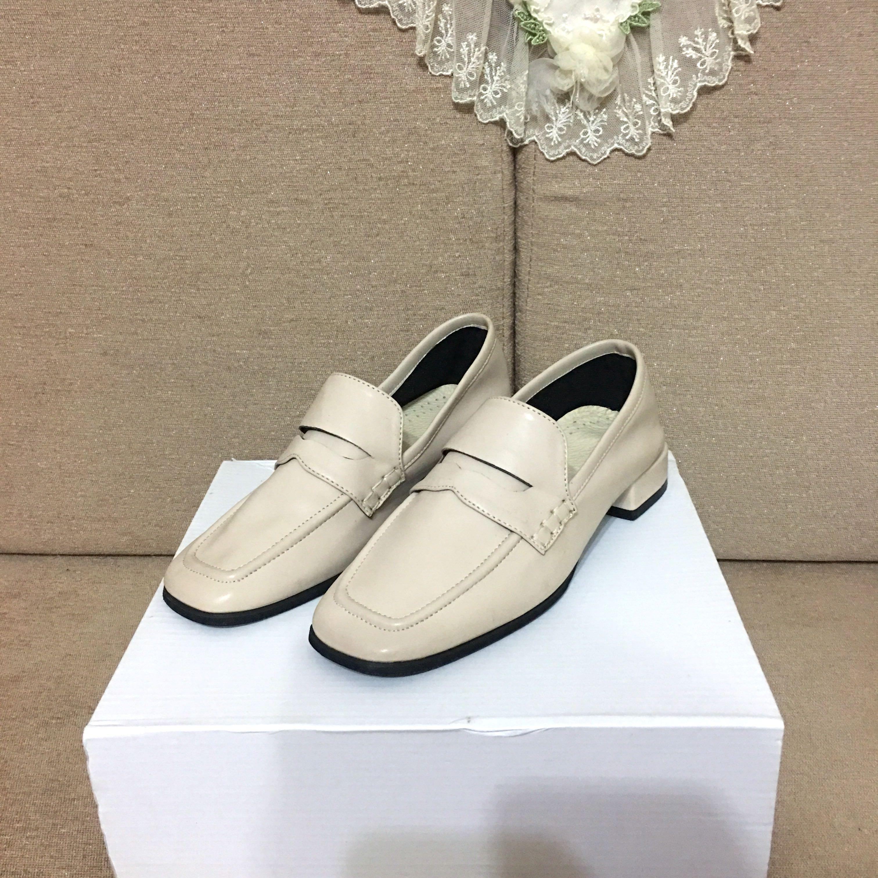 正韓 方頭車線奶茶粉杏色樂福鞋 皮鞋 穆勒鞋