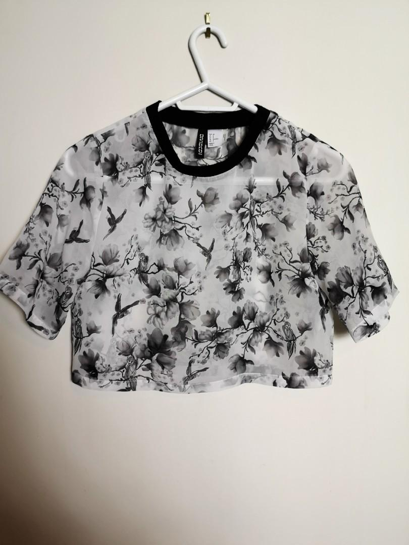 Cute floral sheer crop top size 4 (small) wore once