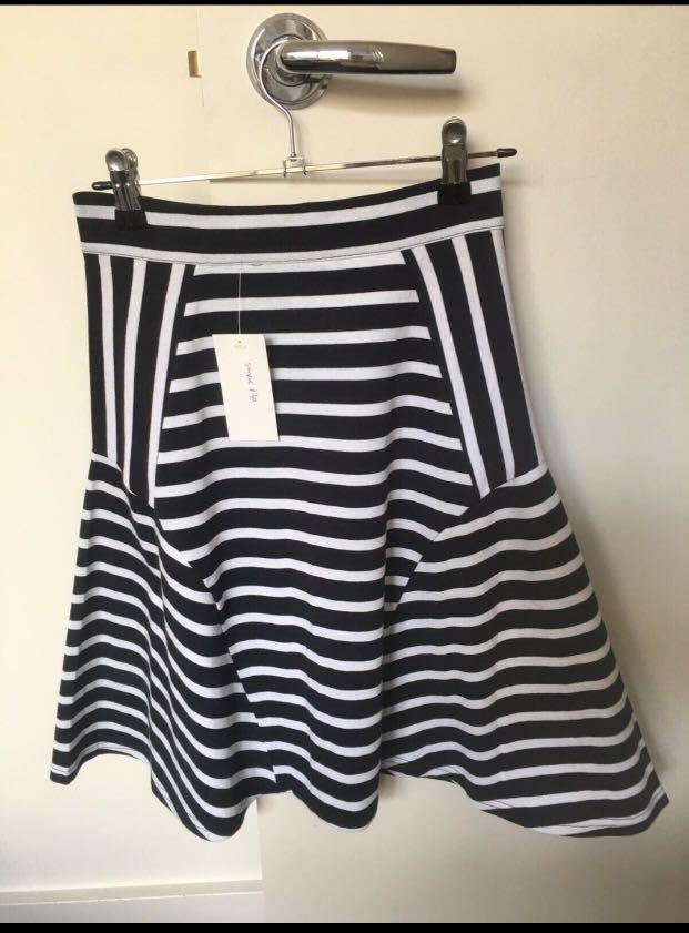 Gorman skirt BNWT