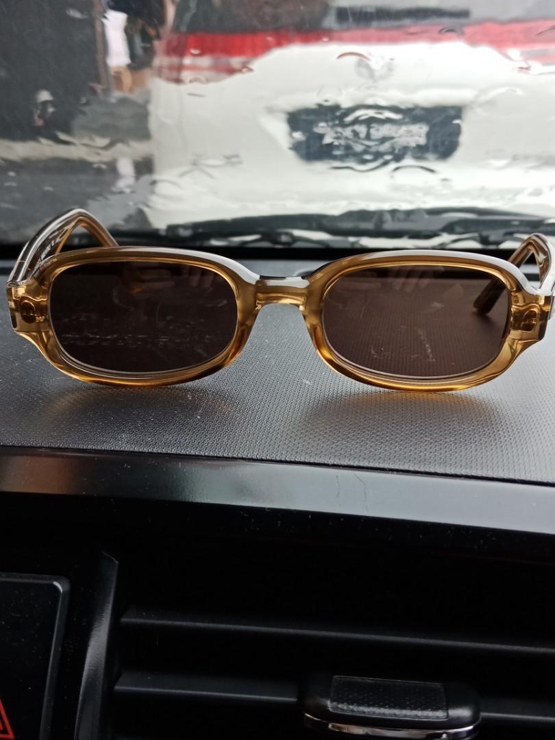 Gucci sunglass 100%genuine