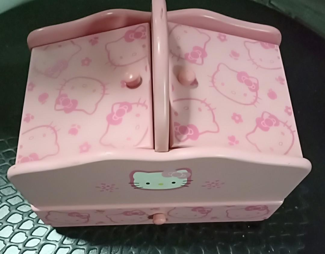 Hello Kitty wood box