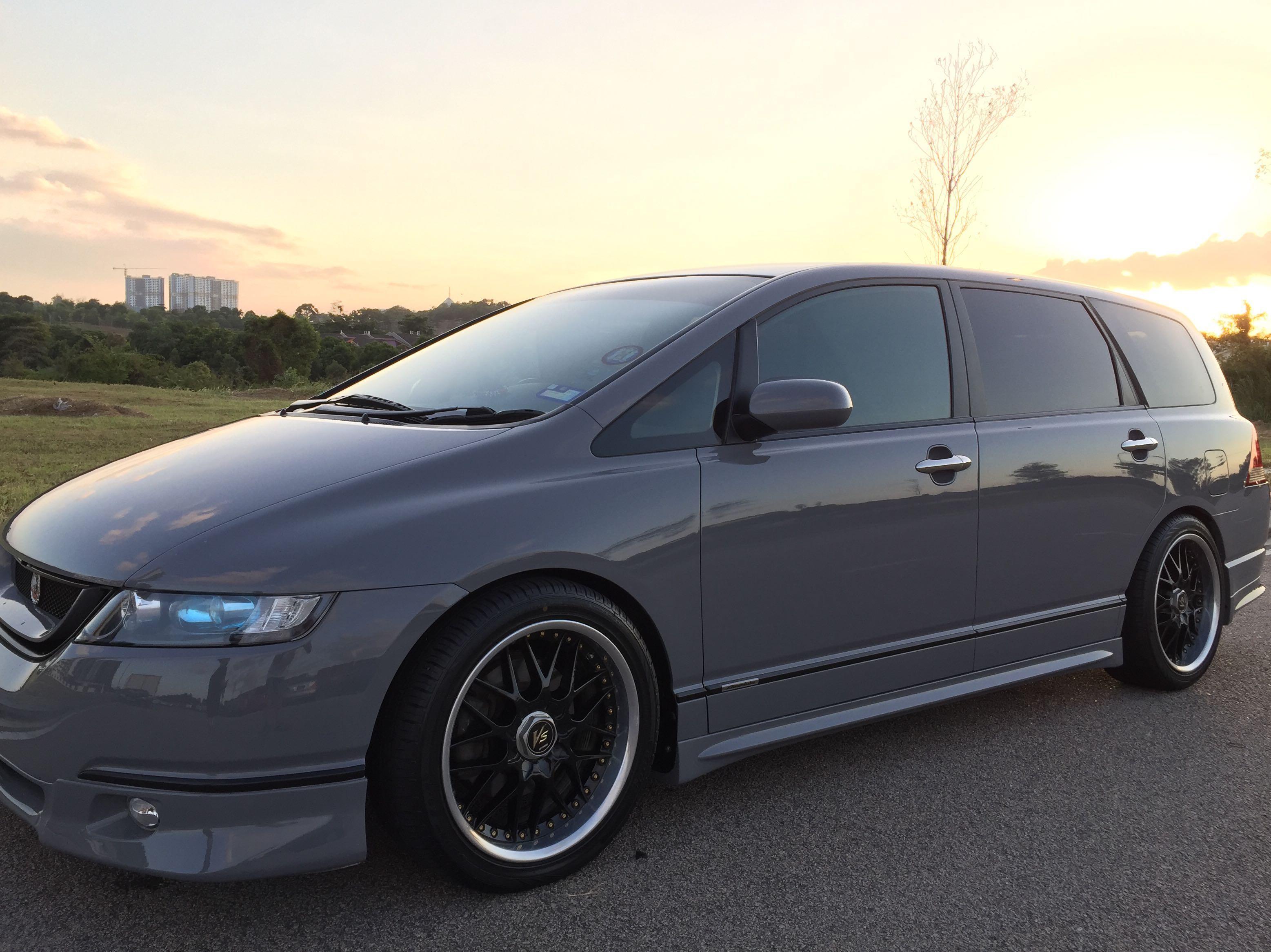 Honda Odyssey absolute 200hp
