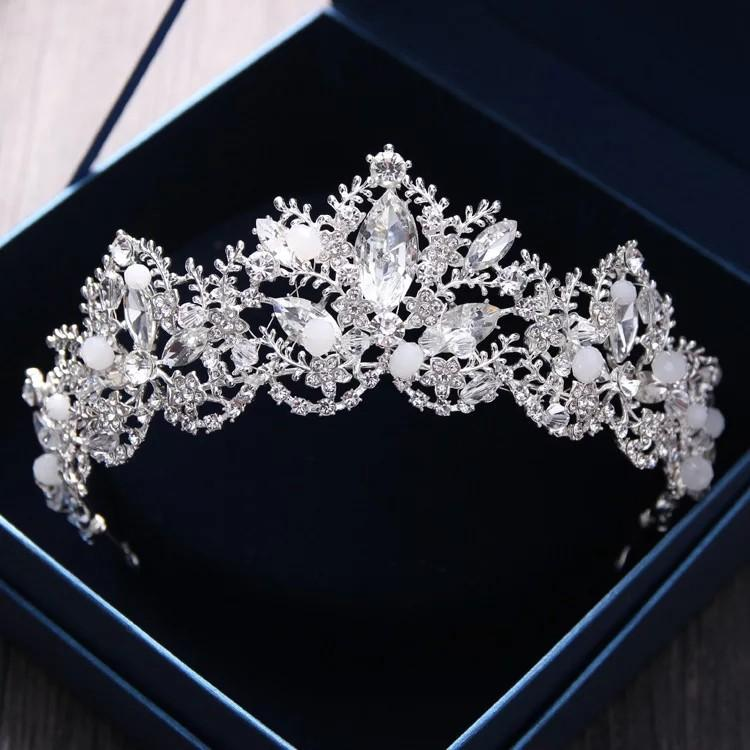 Ladies tiaras/ crowns for weddings and special occasions