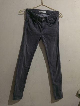 Denim zara grey / celana jeans zara grey