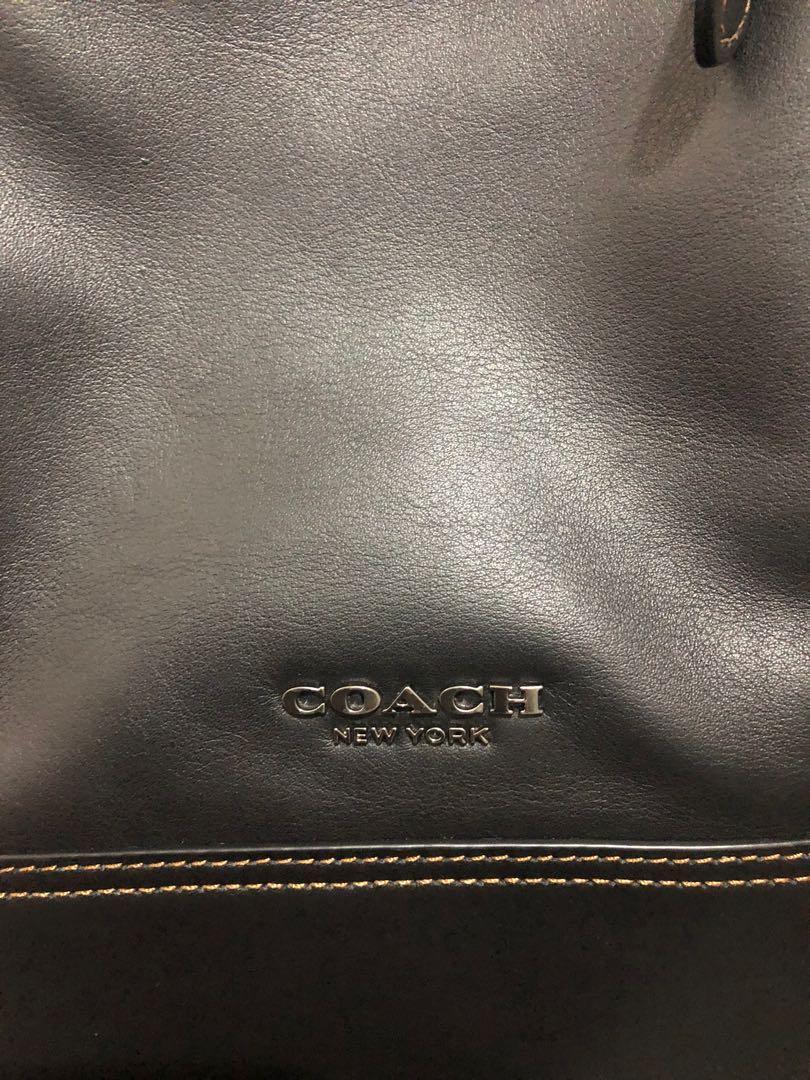 100% Authentic Coach Graham Sling Pack Leather Bag