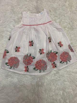 BB Natural dress 0-6 mths