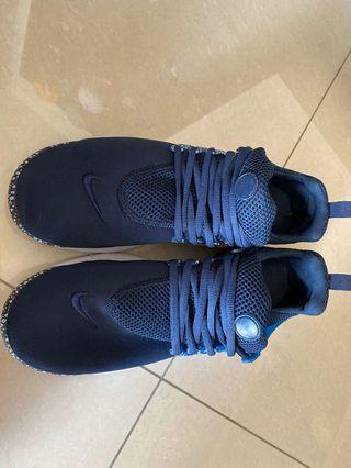 Nike魚骨鞋